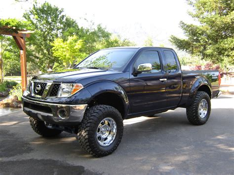 red nissan frontier lifted 2003 nissan frontier lifted image 245