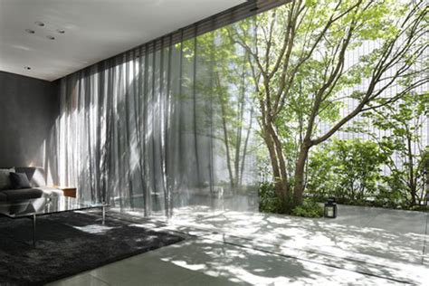 optic house gorgeous optical glass house in hiroshima is made from 6 000 glass bricks nakamura nap