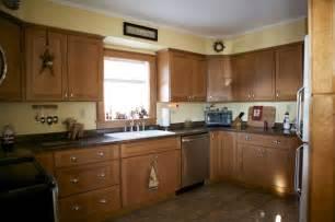 Oak Kitchen Furniture Oak Kitchen Cabinets Shaker Door Style Cliqstudios