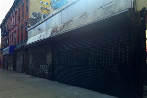 bed stuy news bushwick art gallery to reopen in bed stuy with new bar