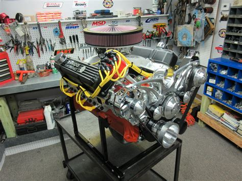 chrysler crate engines 440 chrysler crate engine with 475 hp