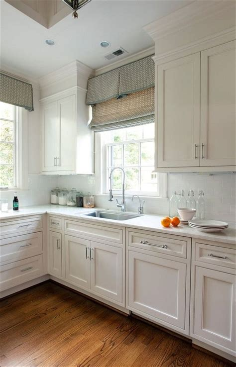 kitchen cabinets hardware pictures kitchen pictures of kitchen cabinets with hardware