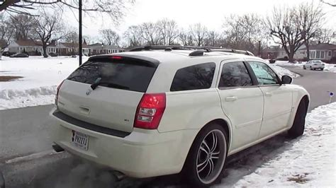 2005 dodge magnum r t murdered out carsponsors com 2005 dodge magnum rt straight pipes cold air intake youtube