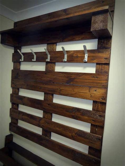 Pallet Coat Rack by Hallway Pallet Coat Rack And Shoe Rack 101 Pallets