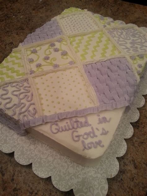 How To Quilt A Square Cake by Best 25 Quilted Cake Ideas On Fondant Cake