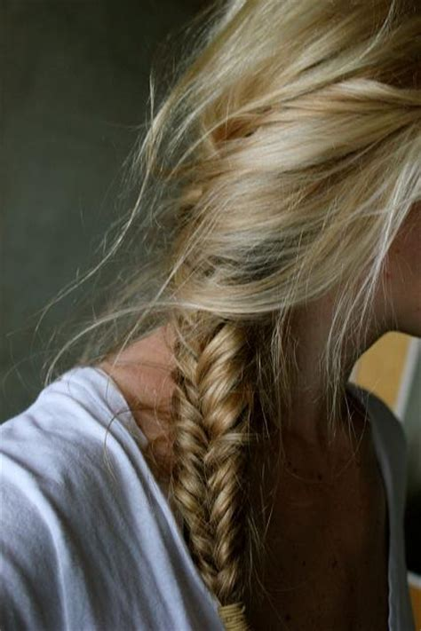 fishtail braid on the side fishtail summer side side fishtail hairstyles how to