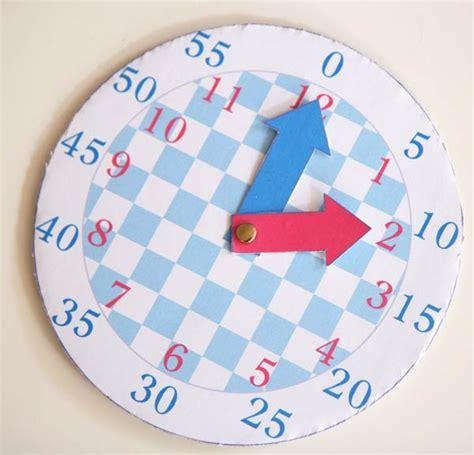 Fabriquer Horloge by Une Horloge Pour Apprendre 224 Lire L Heure Cabane 224 Id 233 Es