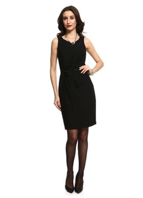 siyah kisa mini 2015 elbise modeli kadinlive com siyah kolsuz elbise modeli