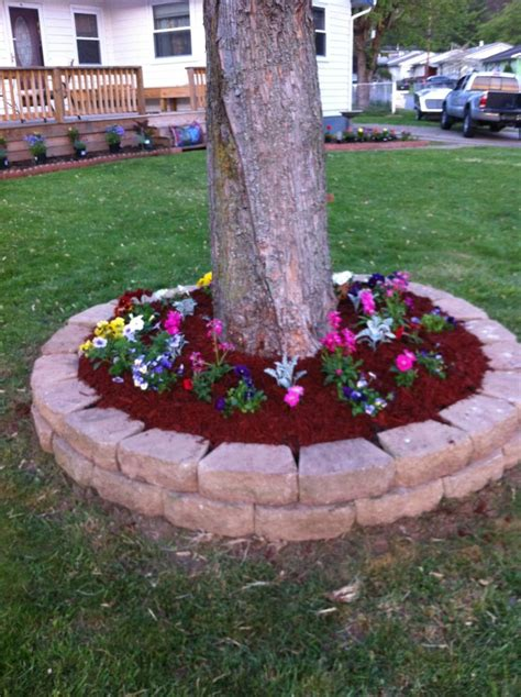 how to create a flower bed flower bed around tree garden green thumb pinterest