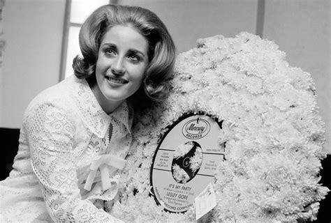 its my party singer lesley gore dies at 68 it s my party singer songwriter lesley gore dies at age