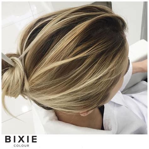 photos of blonde highlights with dark roots regardez cette photo instagram de bixiecolour 1 997