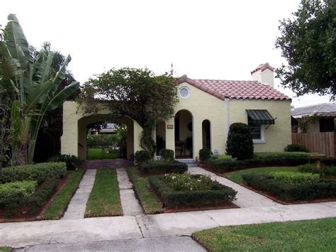 spanish bungalow spanish bungalow with carport homes spanish