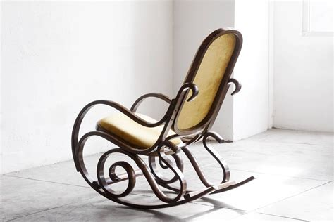 thonet schaukelstuhl thonet style bentwood rocking chair at 1stdibs