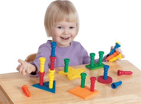 imagenes de niños jugando con figuras geometricas los beb 233 s asocian vocales con figuras geom 233 tricas seg 250 n