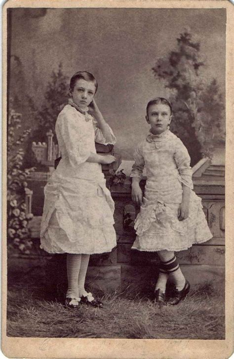 little boy in petticoat 83 b 228 sta bilderna om petticoating p 229 pinterest mammor