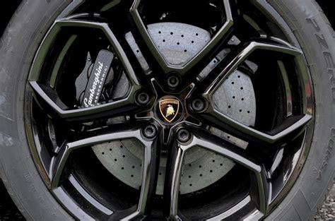 Lamborghini Alloy Wheels Lamborghini Aventador Review 2017 Autocar