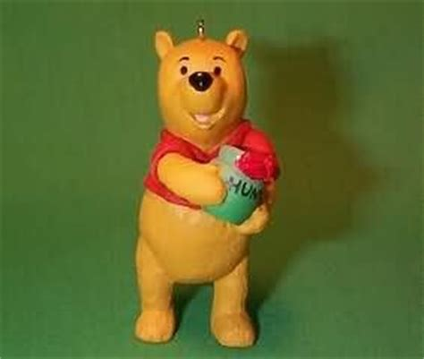Classic Pooh L by Classic Pooh Ornament Collectibles