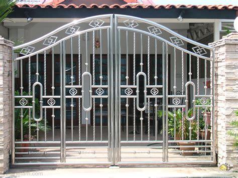 new iron curtain مجموعه 10 مدل درب حیاط ساده شیک و مدرن خانه طرح