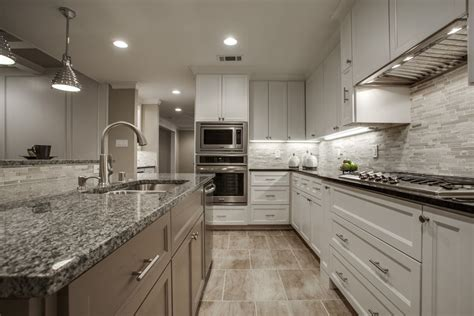 45 luxurious kitchens with white cabinets ultimate guide designing idea