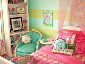 Paris Themed Bedrooms itmom parisian themed little girls bedrooms