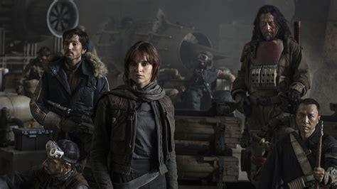 star wars rogue one lucasfilm reveals star wars rogue one cast at d23 nerdist