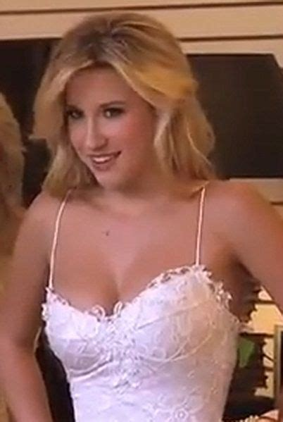 savannah chrisley camel toe savannah chrisley in quot chrisley knows best quot eye candy