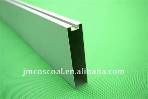 Which Is Better Vinyl Or Aluminum Leaters - extruded aluminum frame world extruded aluminum