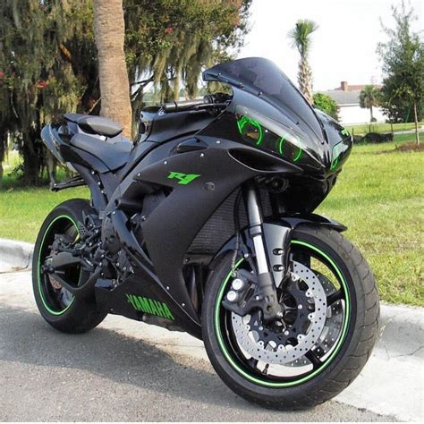 Yamaha Motorrad R1 by Yamaha R1 Full Throttle Pinterest Yamaha R1 Cars