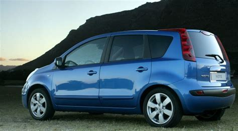 nissan note 2006 nissan note 1 6i 2006 review by car magazine
