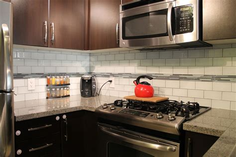 glass subway tiles for kitchen backsplash tips on choosing the tile for your kitchen backsplash midcityeast