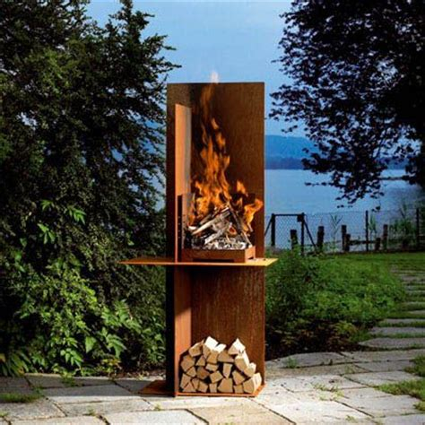 cool outdoor fireplace for the home