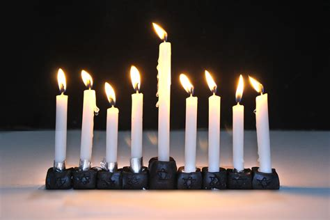 when to light menorah 3 ways to a menorah wikihow