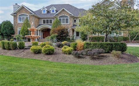 Garage Sale Livingston Nj by 4 899 Million Stucco Colonial Mansion In