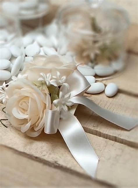 segnaposto fiori segnaposto con e fiori bomboniere roccaro
