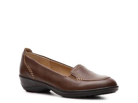 dsw comfort shoes softspots arden moc comfort s shoes dsw dress to