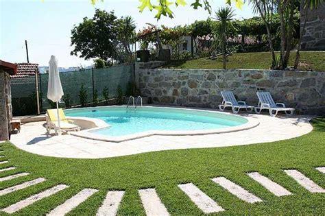 giardini con piscine come fare una piscina in giardino