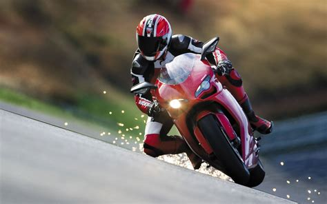 Motorcycle Racing Pictures Posters News And Videos On