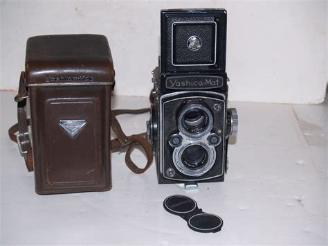 Yashica Mat 120 by Vintage Yashica Mat 120 1950s With Leather And Lens Covers Tlr Cameras