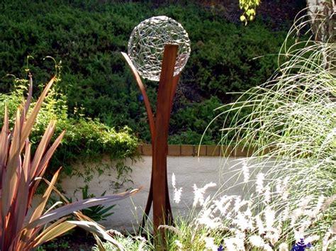 Steel Garden Decor Metal Garden Decorations How Large Sculptures Effect Is Used Interior Design Ideas Ofdesign