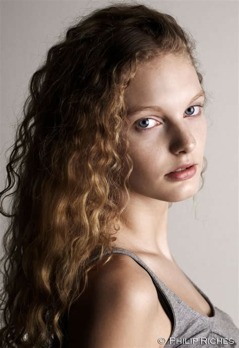 chicos model with curly brown hair models with naturally curly hair page 2 the fashion spot