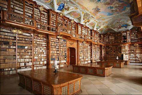 librerie universitarie napoli biblioteca joanina da universidade de coimbra unejovem