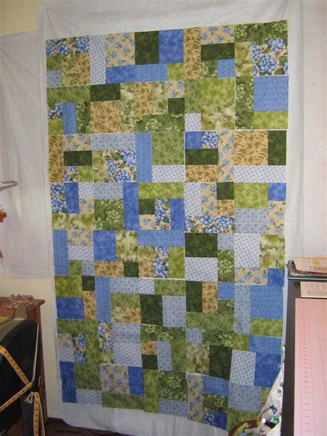 quilt pattern yellow brick road 46 best images about qc yellow brick road quilts on