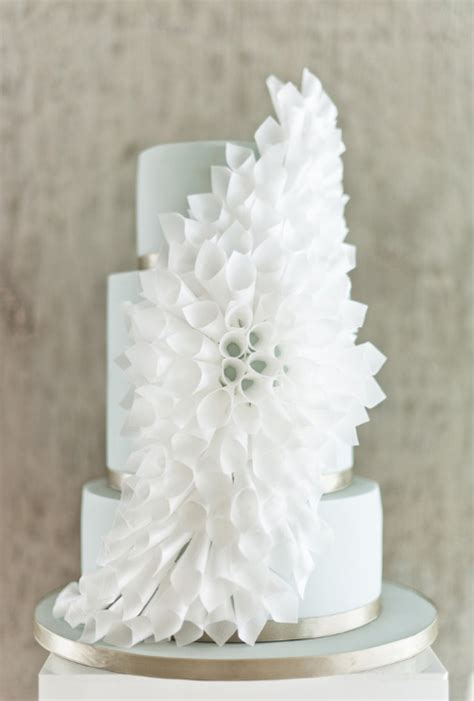 Origami Wedding Cake - 10 awesome ways to use origami in your wedding easy