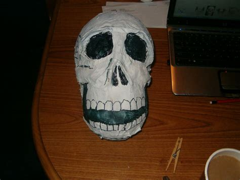 How To Make A Paper Mache Skull Mask - 40 paper mache balloon diys guide patterns