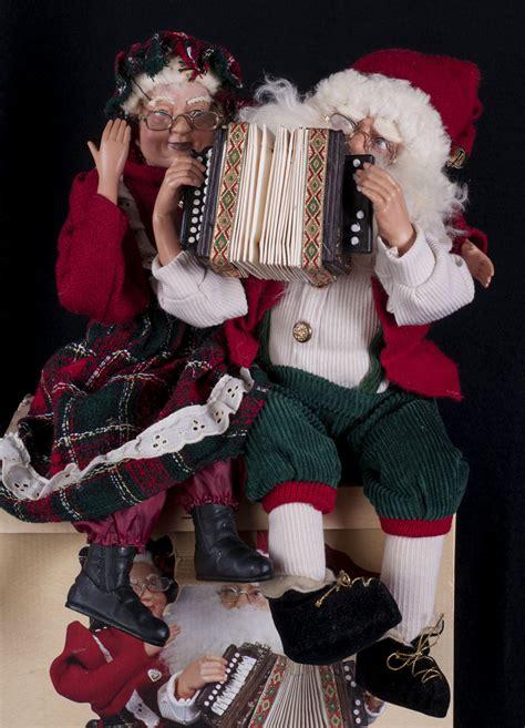 mrs clause display tl toys hk ltd mr mrs claus accordion display see ebay