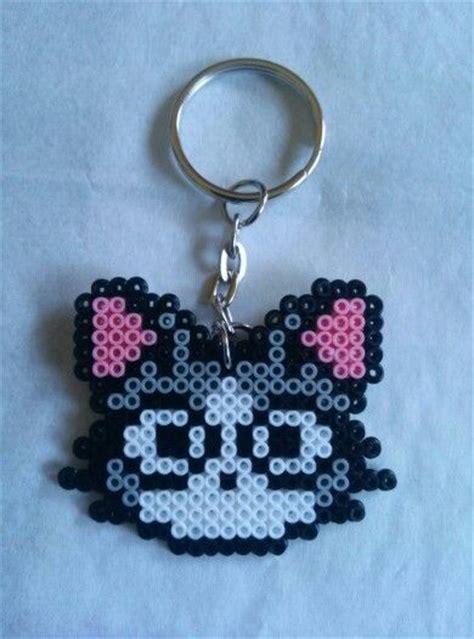 imagenes de llaveros kawaii llavero gato hama beads hama pinterest cuentas