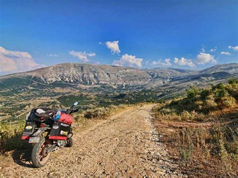 Ktm Macedonia Ktm 390 Duke Owner Rides From India To The Isle Of