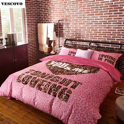 pink cheetah bedding by victoria s secret glitz glam pink victoria s secret 4 pieces bedding set duvet cover