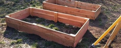 Cheap Raised Planters by Best 25 Cedar Raised Garden Beds Ideas On