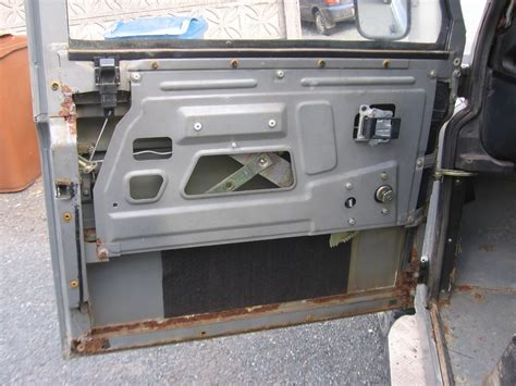 Defender Doors And Windows - installing remote central locking on front doors land